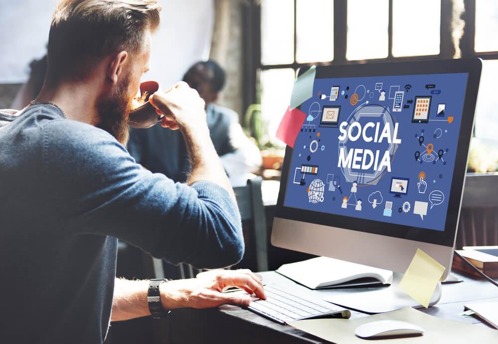 profesionalno vođenje društvenih mreža SEO Team 4